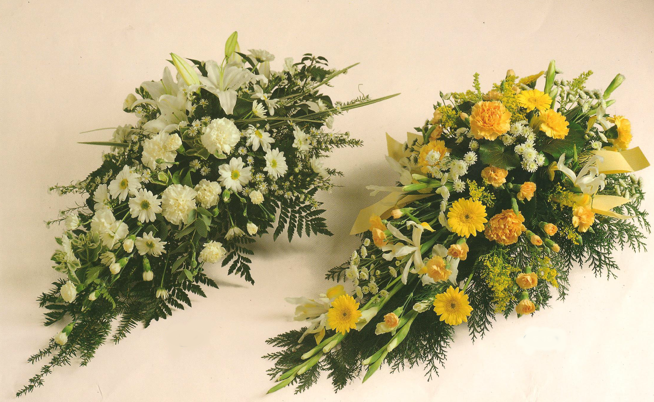 Cream and Yellow Single-Ended coffin sprays A17 A18. 2ft - £50, 3ft - £75