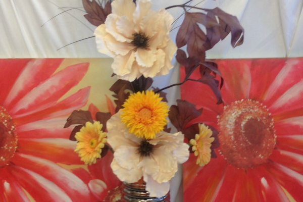 Gold and cream arrangement. Red canvas pictures.